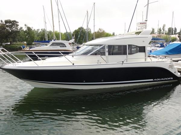 Aquador 28C - exterior