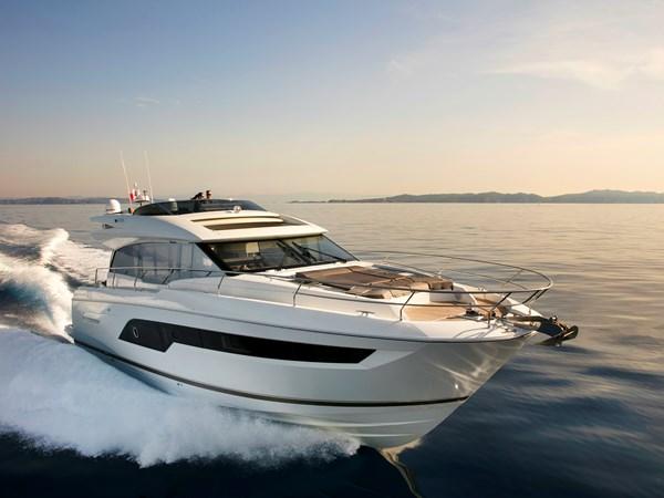 Prestige 630S Yacht