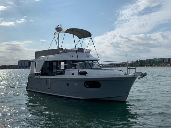 2017 Beneteau Swift Trawler 30 for sale
