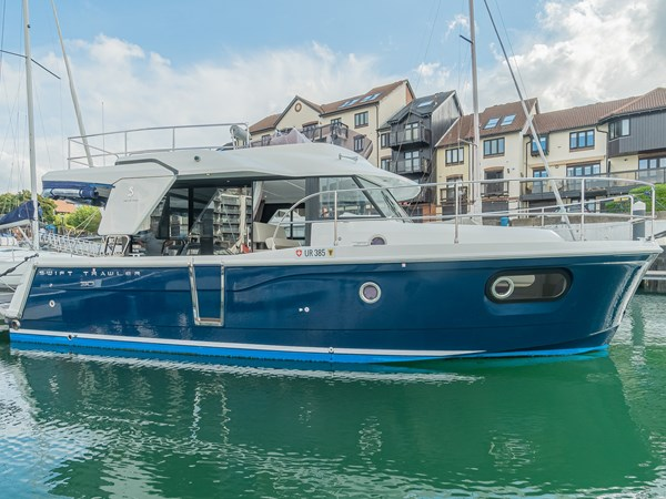 FOR SALE - 2017 Beneteau Swift Trawler 30