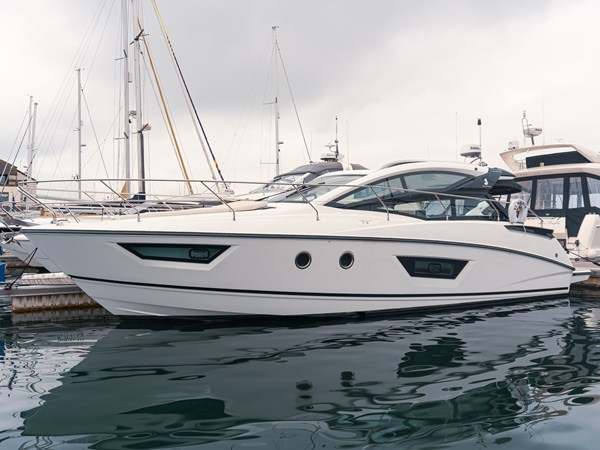 2018 Beneteau Gran Turismo 40 for sale
