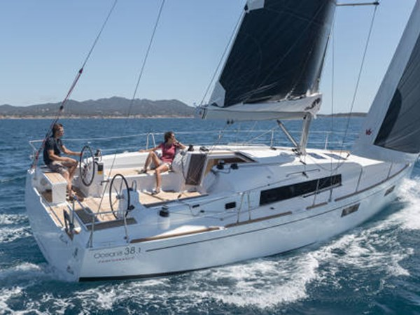 Beneteau Oceanis 38.1 under sail