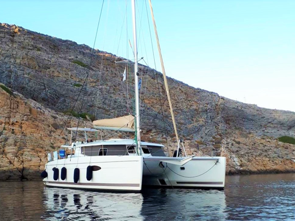 2013 Fountaine Pajot Helia 44