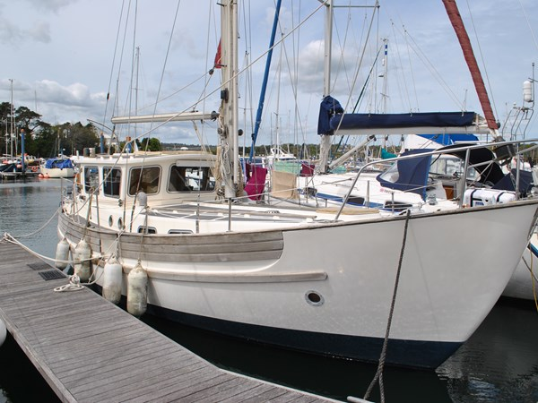 1990 Fisher 34